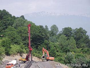 Буровая установка SANY на строительстве в районе Сочи