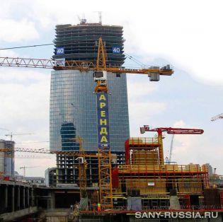 Бетонораспределительная стрела SANY работает на строительстве Москва-Сити