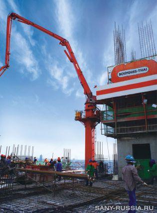 Бетонораздаточная стрела SANY на строительстве высотного здания в Тайланде