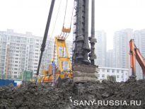 Сваебойная установка SANY SF808 на строительстве дороги Хунцяо в Шанхае