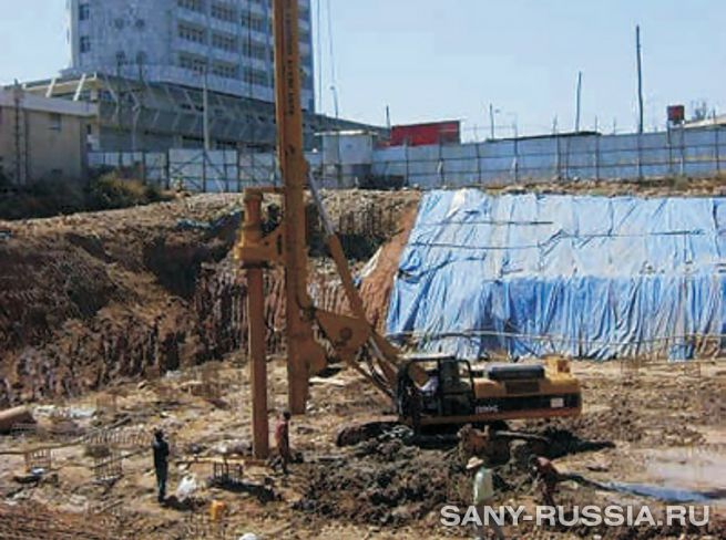 SANY SR220C на строительстве завода в Египте
